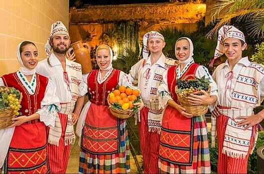Folklore Dinner Malta